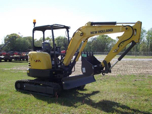 2021 New Holland E37C - Agrimerica Farm & Construction