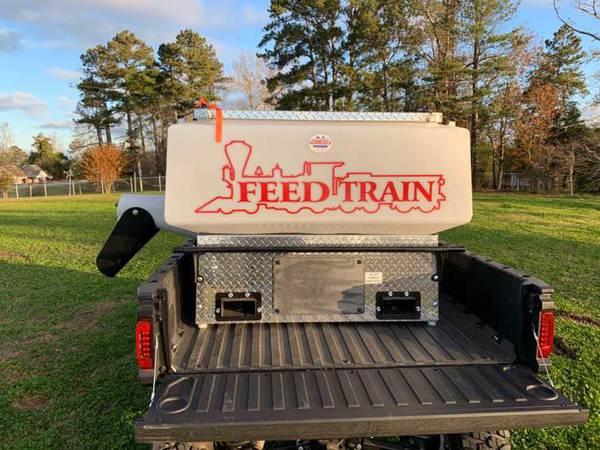 2021 Feed Train U1000 - Feed mixer
